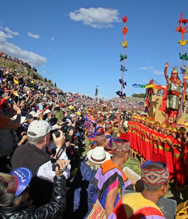 <span class='p-name'>Fiestas tradicionales en Cusco</span>