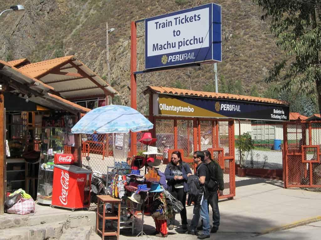 Que ver en Cusco en 2 dias - estacion de tren Ollantaytambo