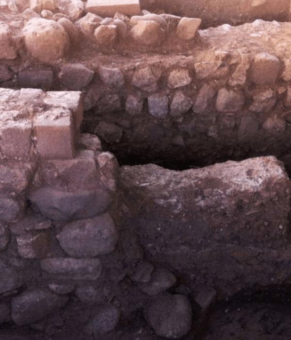 <span class='p-name'>Descubren muro construido hace 500 años en Cusco</span>