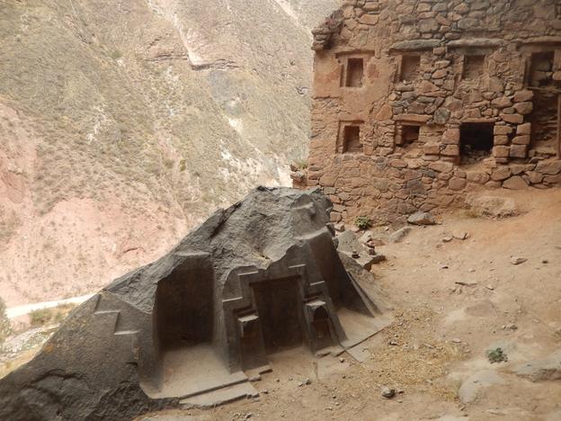 Centro arqueológico de Ñaupa Iglesia