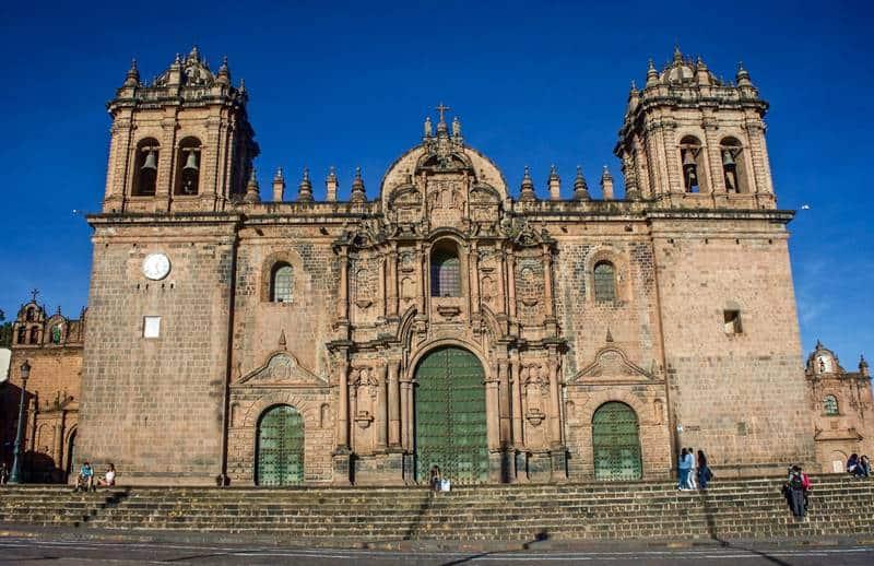 Una de las cosas que hacer gratis en Cusco es visitar la Catedral.